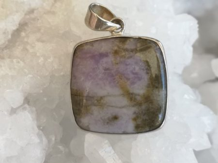 Prairie Tanzanite Healing Crystal Pendant