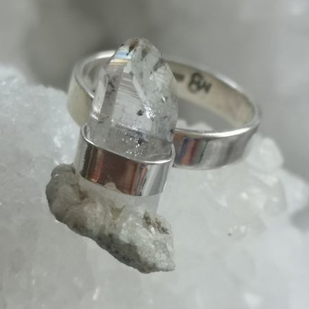 Clear Quartz Healing Crystal Ring design by Mark Bajerski US Size 8