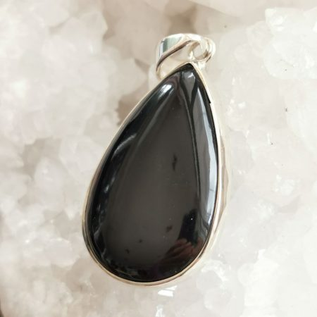 HQ Whitby Jet Healing Crystal