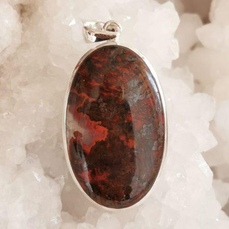 HQ Seam Agate Healing Crystal Pendant